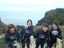 沖縄ダイビング☆2/26 青の洞窟ダイビング たく・りょうけん