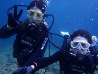 沖縄ダイビング☆3/28 青の洞窟体験ダイビング 13時 とも