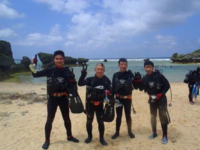 沖縄ダイビング☆3/29 珊瑚体験ダイビング 10時半 えりな・とも